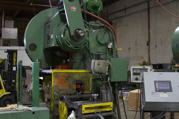 C-Frame vs Straight-Side Punch Presses | Metal Products Company